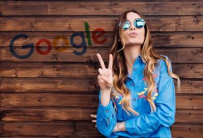 lány-fal-google a barátod
